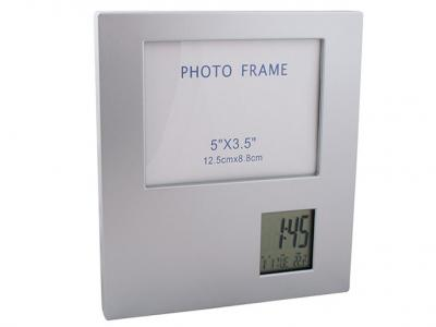 DSC-002  Настолен часовник 17.5/17.5 см