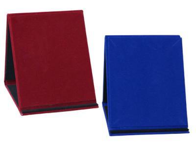 Плакет - кутия от кадифе, 9 х 12 см.-18,60 лв. цена: 18.60